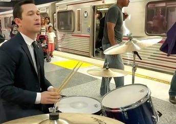 Joseph Gordon-Levitt is seen playing drums in a Los Angeles subway station for his