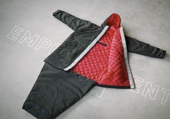 The EMPRW coat can easily be transformed into a warm and cozy sleeping bag. (The Empowerment Plan)