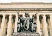 Ivy League-level courses are now open to anyone. (Valerii Iavtushenko / Shutterstock.com)