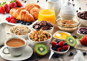 There's no better way to start the day than with a healthy breakfast. (Shutterstock)