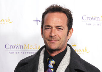 Luke Perry at the Hallmark Channel '2013 Winter TCA' Press Gala at The Huntington Library on January 4, 2013 in San Marino, California