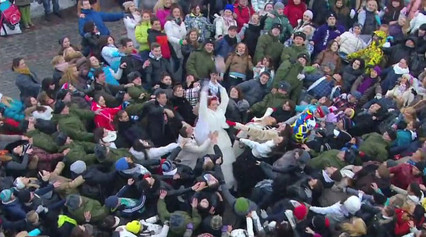 5 of the best flash mobs ever goodnet for The russian mod