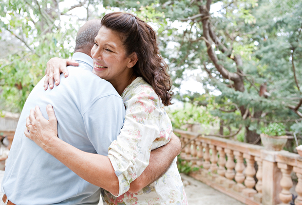 8 reasons why you need at least 8 hugs a day list goodnet