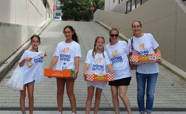 Austrian volunteers take part in Good Deeds Day 2013