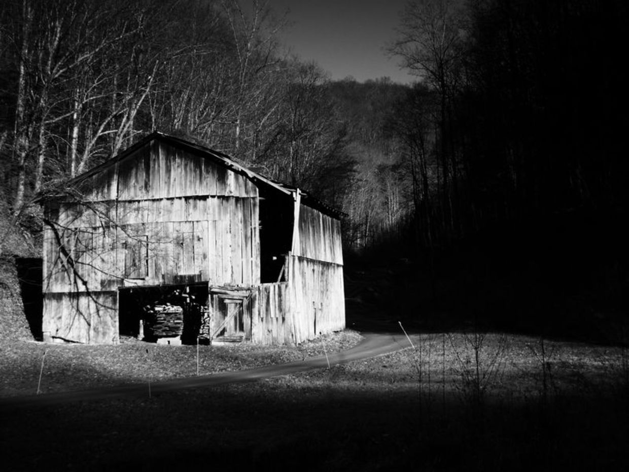 Photo of barn in black and white by Tammy Ruggles