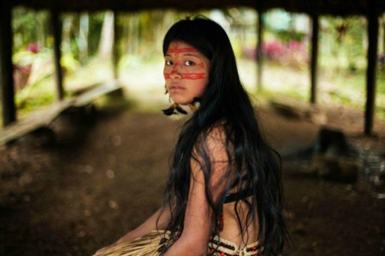 nude ecuadorian colombian girls
