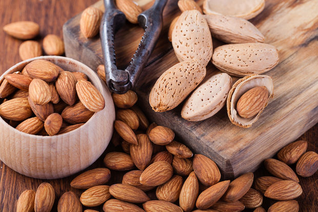 Almonds are the perfect brain food