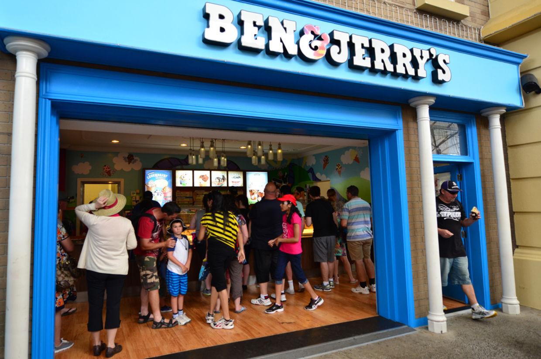 Ben & Jerry's ice cream store in Movie world Gold coast. (ChameleonsEye / Shutterstock.com)