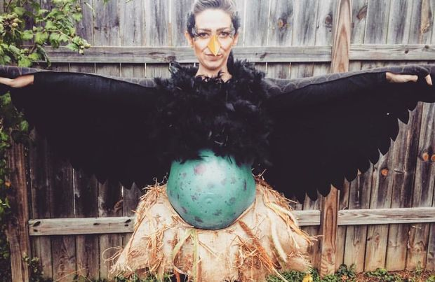 This incredible bird and egg costume is the pinnacle of creativity (little_lady_smith)  sc 1 st  Goodnet.org & 10 Imaginative Halloween Costumes For When Youu0027re Pregnant - Goodnet