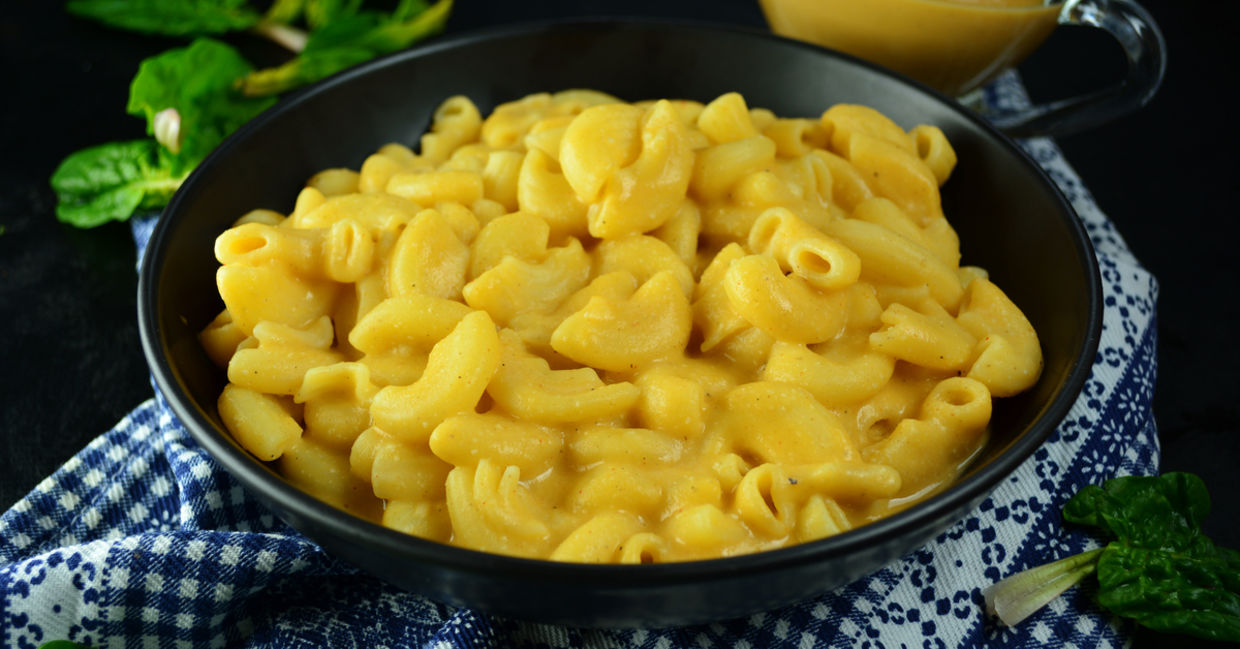 Mac and cheeze - an easy vegan recipe