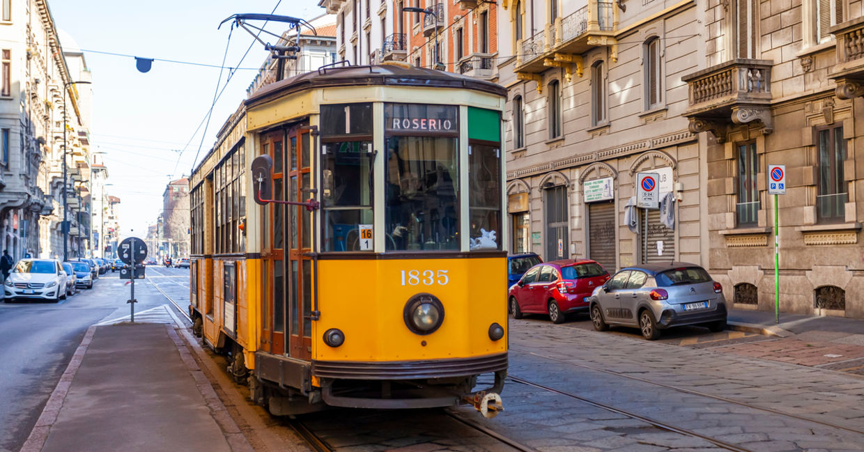 Trolleys are an alternative to cars in Milan