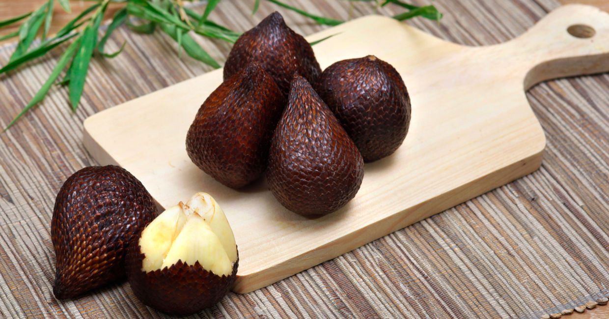 Salak is a healthy fruit.