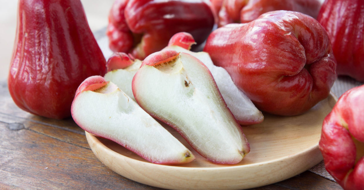 Rose apples are a healthy exotic fruit.